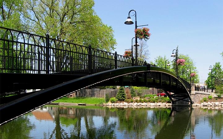 McHenry Riverwalk Cunat Bridge